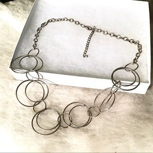 Jewelry - Silver Circles Necklace